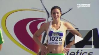 Видео сексуальной разминки юной австралийской бегуньи покорило интернет