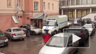 В Петербурге задержали педофила, который насиловал девятилетнюю дочку своей сожительницы, а потом выкладывал фото в интернет