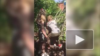 Российские школьники избили сверстницу и сняли это на видео