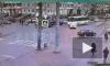 Видео: на пересечении Звёздной и Космонавтов такси спровоцировало ДТП