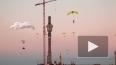 Петербургские экстремалы спрыгнули со строительного ...