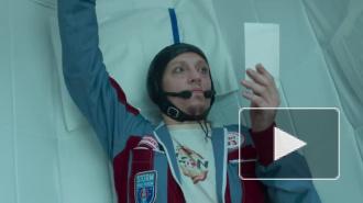 """Тилль Линдеманн опубликовал новый клип на песню """"Frau&Mann"""", снятый в Петербурге"""