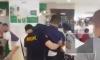 Видео: На Филиппинах вооруженный мужчина взял в заложники 30 человек в ТЦ