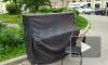Рядом со сквером Виктора Цоя уличное пианино накрыли черной тканью