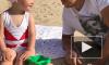 Трехлетняя дочка научила Максима Галкина наносить песочный скраб