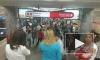 """На станции метро """"Проспект Ветеранов"""" мужчина упал на рельсы и чуть не зажарился заживо"""
