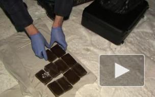 В Петербурге задержали пафосного наркоторговца на Крайслере