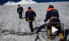 Спасатели ищут альпиниста, который сорвался с высоты 5 тысяч на Эльбрусе