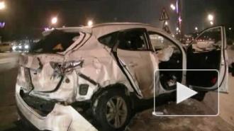Смертельная авария на Кутузовском 19.01. попала на видео: три иномарки врезались в автобус