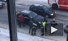 Видео: петербуржец ехал на Mercedes, остановился и умер