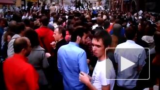 На Малой Садовой в Петербурге постояли за Навального