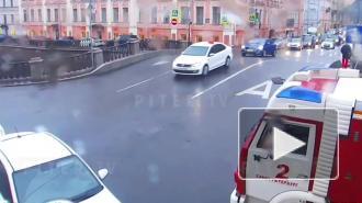 """Маневр водителя """"назад"""" стал причиной ДТП на Гороховой"""