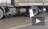 В сети появилось жуткое видео из Кирова с моментом наезда фуры на пешехода