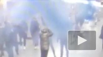 """Полиция ищет фанатов """"Зенита"""", устроивших пиротехническое шоу на """"Гражданском проспекте"""""""