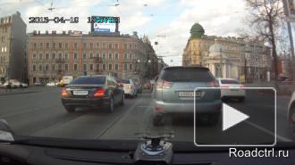 Пресс-служба  Дрозденко опровергает нарушение ПДД