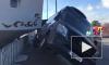 Видео из Германии: Парусник из Петербурга сбил авто в Гамбурге
