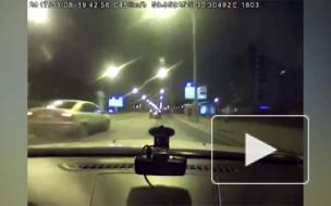Появилось видео погони полиции за лихачом на иномарке Ford Focus