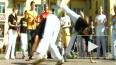 Уличные игры капоэйры. Танец под пение и музыку