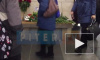 """Петербуржцы несут цветы на платформу """"Технологического института"""""""