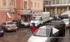 В петербургском торговом центре нашли подозрительный чемодан