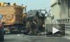 ДТП на дамбе: два трупа вылетели под колеса автомобилей на КАД в аварии бетономешалки и катафалка