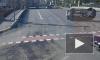 На Египетском мосту в ДТП перевернулась иномарка