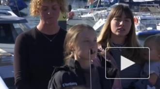 Грета Тунберг доплыла до Лиссабона из США на катамаране