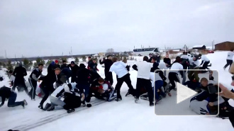 Видео массовой драки между жителями Челябинска и Екатеринбурга выложено в интернете