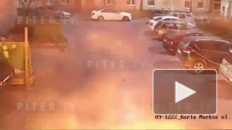 В Кронштадте завели уголовное дело после поджога иномарки