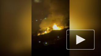 В промзоне на Волхонском шоссе ночью тушили крупный пожар