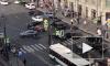 В пятницу вечером на перекрестке Лиговского и Кузнечного столкнулись две иномарки