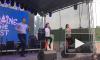 """Видео: Кличко станцевал под Бритни Спирс с волонтерами """"Евровидения"""""""