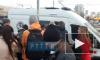 Видео: на проспекте Просвещения мужчина распылил газовый баллончик в автобусе