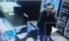 В Башкирии камера сняла магазинного вора