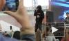 Рэпер Скруджи поздравил петербуржцев с Днем российского флага