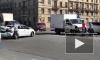 """На Заневском проспекте иномарка столкнулась с """"Газелью"""", собралась пробка"""