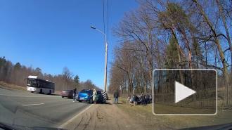 После ДТП на Петербургском шоссе, в котором зажало пешехода, возбудили уголовное дело