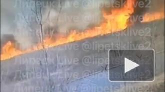 Пожарная машина сгорела при тушении травы под Липецком