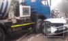 Видео из Крыма: легковушка протаранила бетономешалку